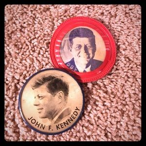 Two Vintage Flasher Buttons JFK for President.